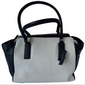 Black and White Banana Republic Shoulder Bag